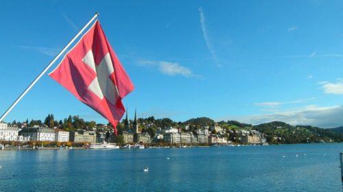 Swiss Post a Swisscom zavádí 100% švýcarskou infrastrukturu